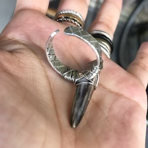 Silverskylight Jewelry - 🔴SALE ! Genuine Abalone shell spike tribal ring